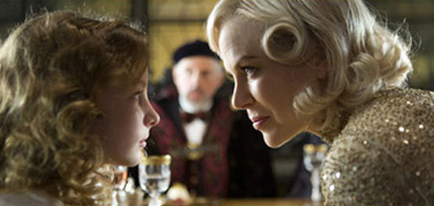 Dakota Blue Richards och Nicole Kidman i The Golden Compass