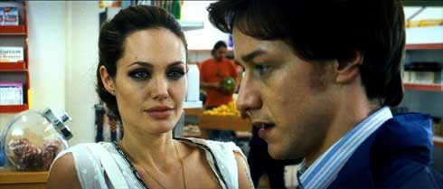 Angelina Jolie och James McAvoy i Wanted