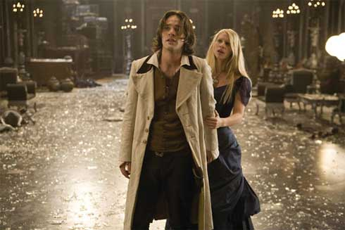 Charlie Cox och Claire Danes i Stardust